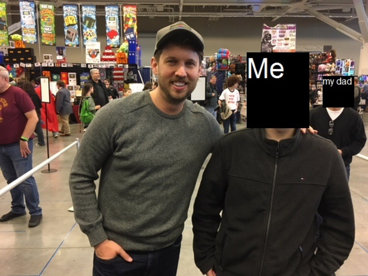 I met Napoleon Dynamite. (I censored my face because I don't trust any of you faggots) I went to Wizard World in Cleveland and I managed to get a picture taken