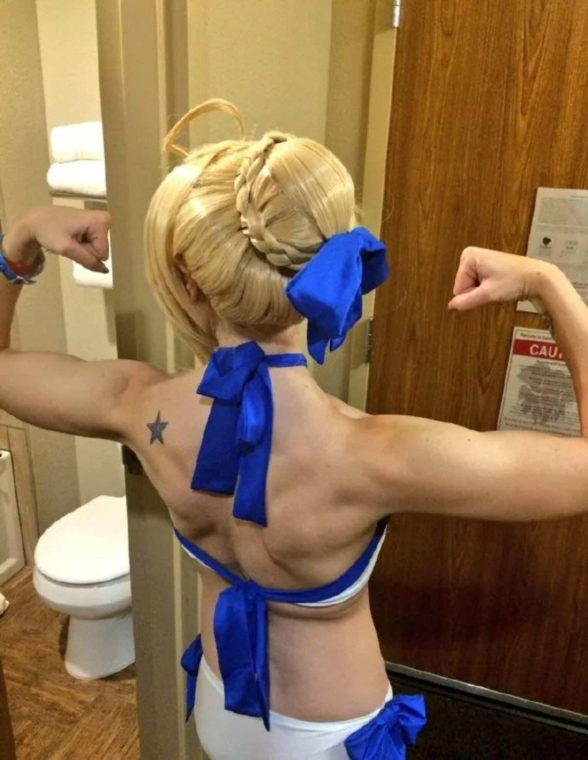 Seiba Stronk. join list: SmolHol (1472 subs)Mention History join list:. Hold on. >Muscle body >Having a star on the body >On the left side >Blond hair